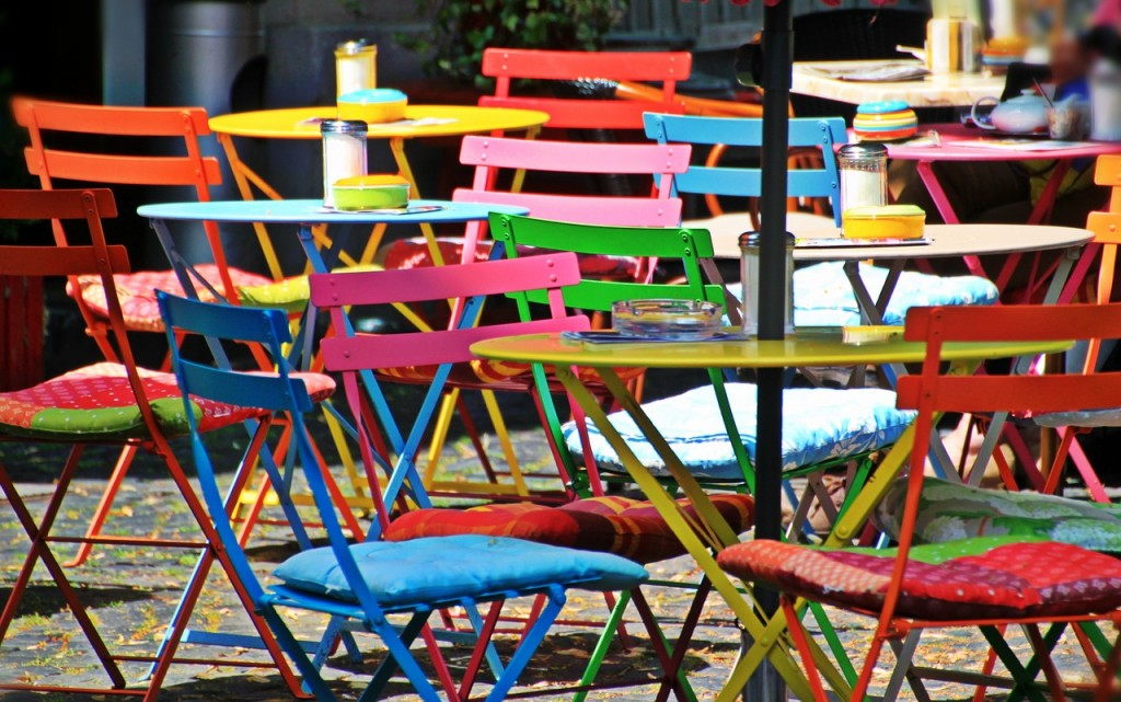 chairs-1169692_1280